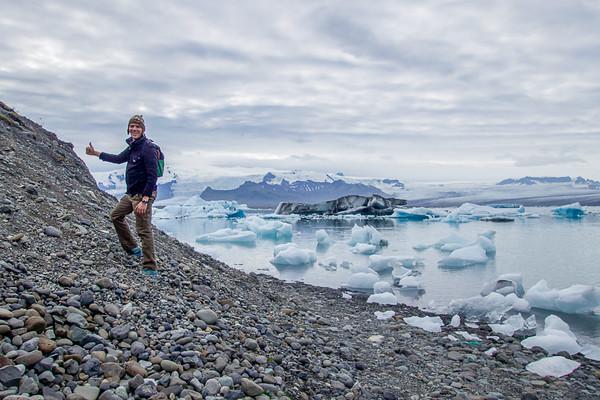 Hiking the Jökulsárlón glacial lagoon | Best of Iceland Nature