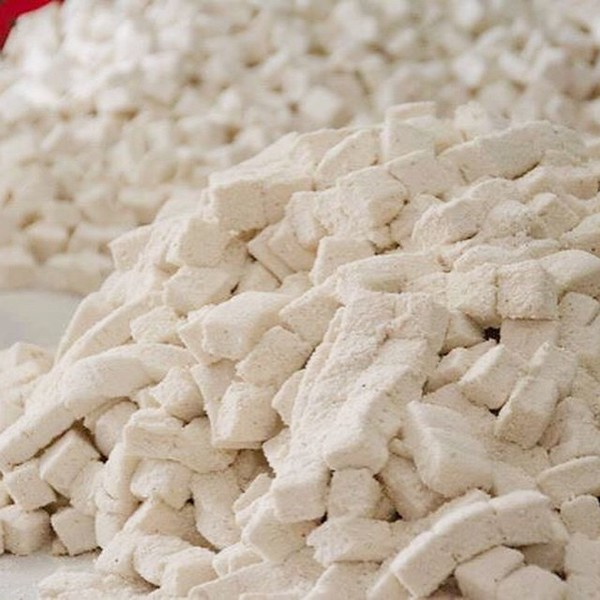 """At the """"Suaves"""" marshmallow factory in Mazatlan, Mexico"""